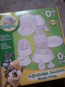 Looney Tunes manual pump Php 699.75, Baby Company