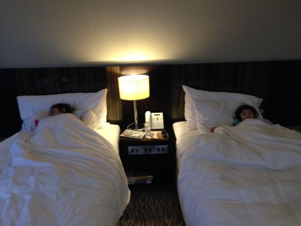 acacia-hotel-room1